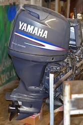 лодочный мотор 100 л.с ямаха 4 тактный