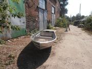 Продам новую алюминиевую лодку-болотоход.