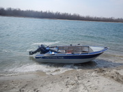 Лодки,  болотоходы