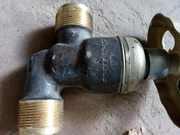 Продам клапаны запорные,  невозвратно запорные штуцерные Ду20 угл,  прох